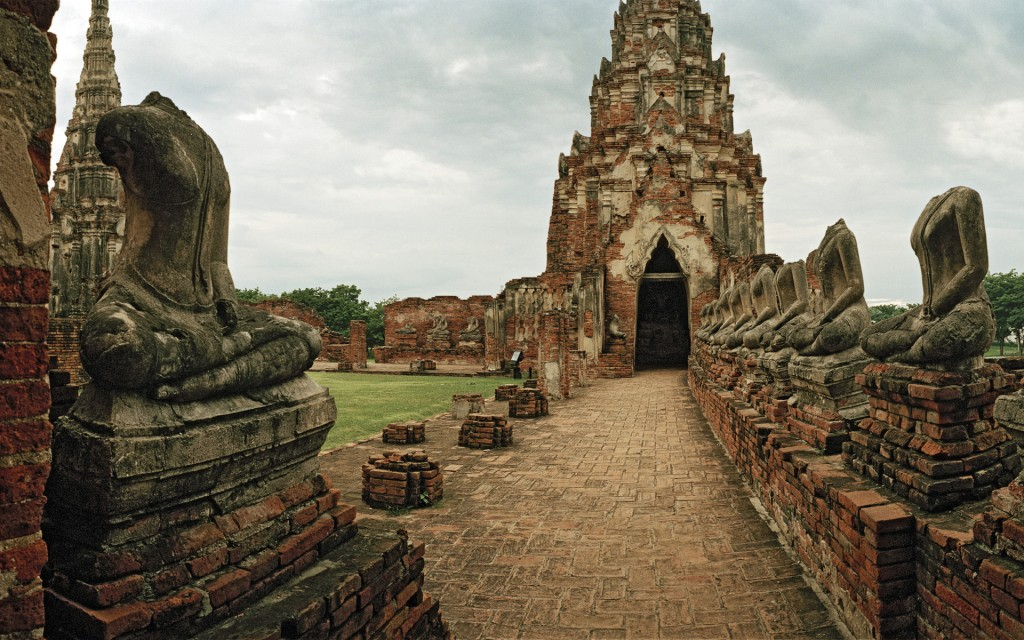 Ruins of Wat Chaiwatthanaram (UNESCO World Heritage Site), Ayutthaya, Thailand