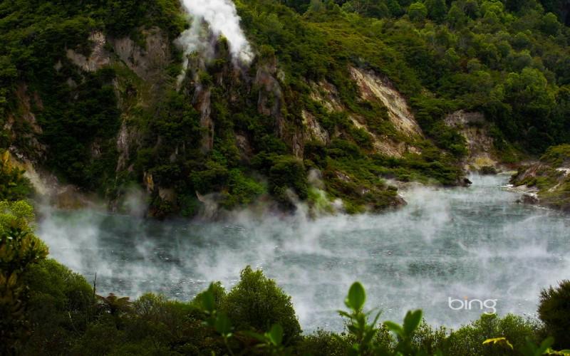 frying pan lake in new zealand