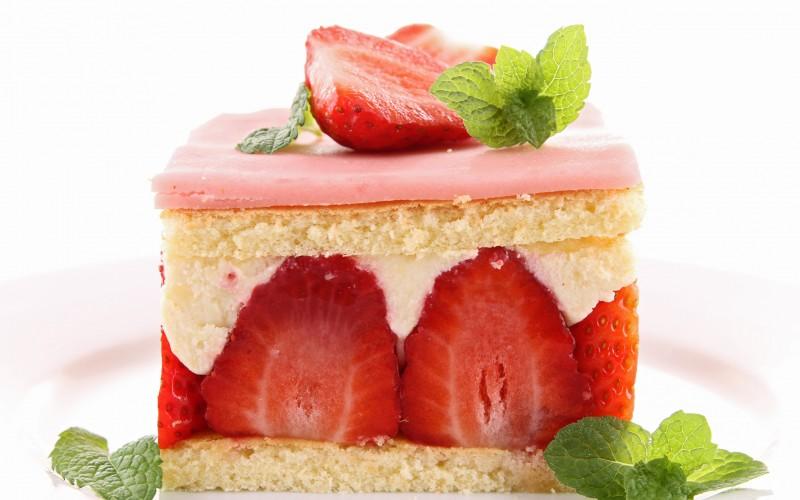 hq wallpaper of strawberry cake
