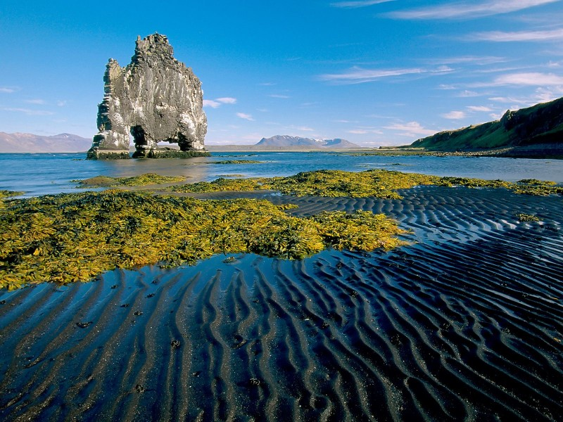 Hunafloi Bay with Hvitserkur