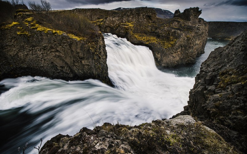 Iceland Waterfalls Hjalparfoss